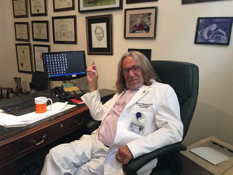 bác sĩ của Donald Trump