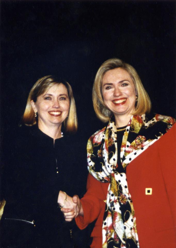 bản sao bà Clinton