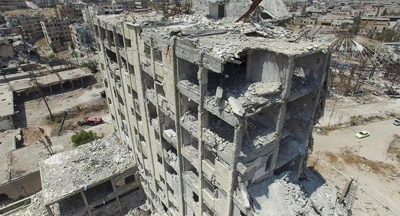 Một tòa nhà tan hoang ở phía bắc Aleppo, Syria