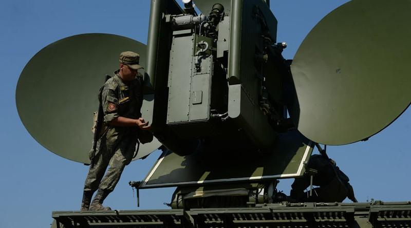 vũ khí vô tuyến điện Nga