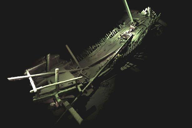 phi đội tàu ma biển đen