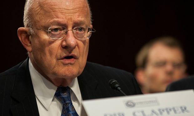 Giám đốc tình báo quốc gia Mỹ James Clapper