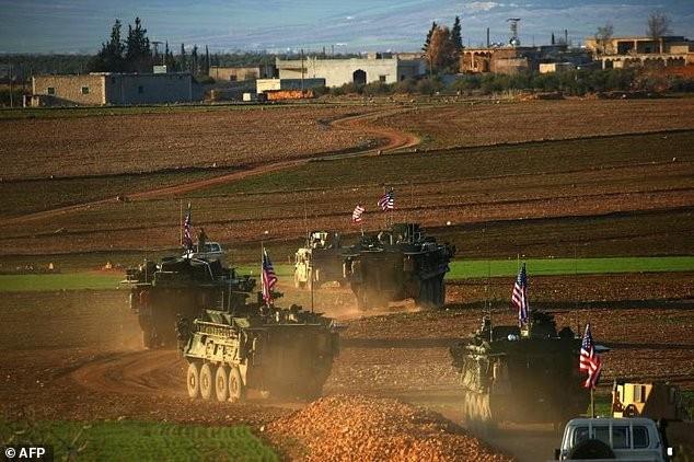 Quân đội Mỹ - Nga chạm mặt ở tiền đồn cũ của IS - ảnh 1