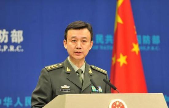 Trung Quốc nói làm gì có đảo nhân tạo ở biển Đông - ảnh 1