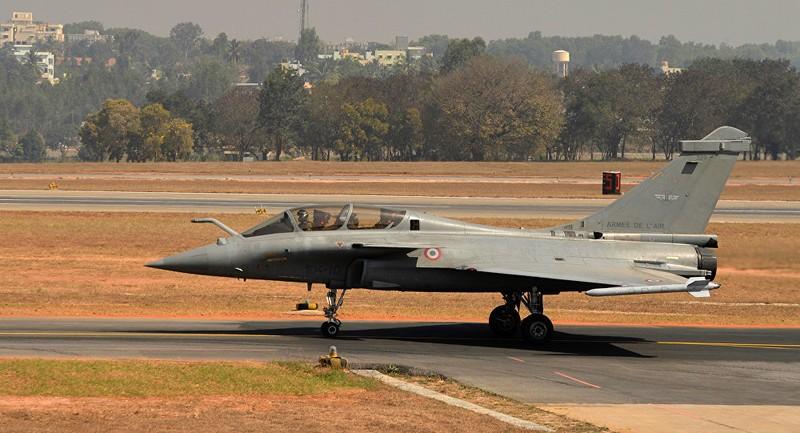 Ấn Độ đặt tiêm kích trong tầm tấn công Trung Quốc - ảnh 1