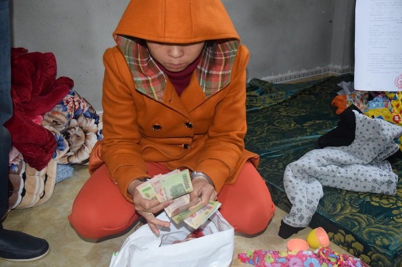 Người làm thuê trộm 70 lượng vàng để... gửi tiết kiệm - ảnh 1