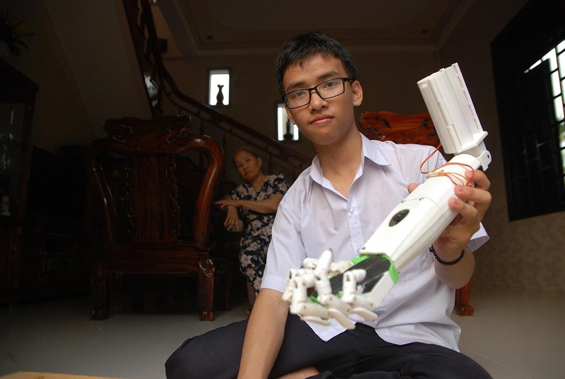 Nam sinh Quảng Trị đi thi quốc tế đã được cấp visa  - ảnh 1