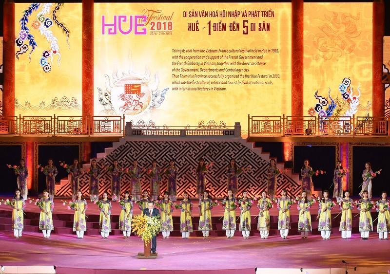 """Khai mạc festival Huế 2018: """"Huế - tỏa sáng miền di sản"""" - ảnh 1"""