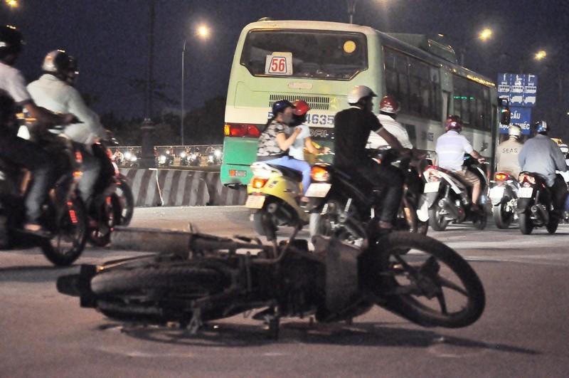 Va chạm xe buýt, cô gái trẻ tử vong - ảnh 2