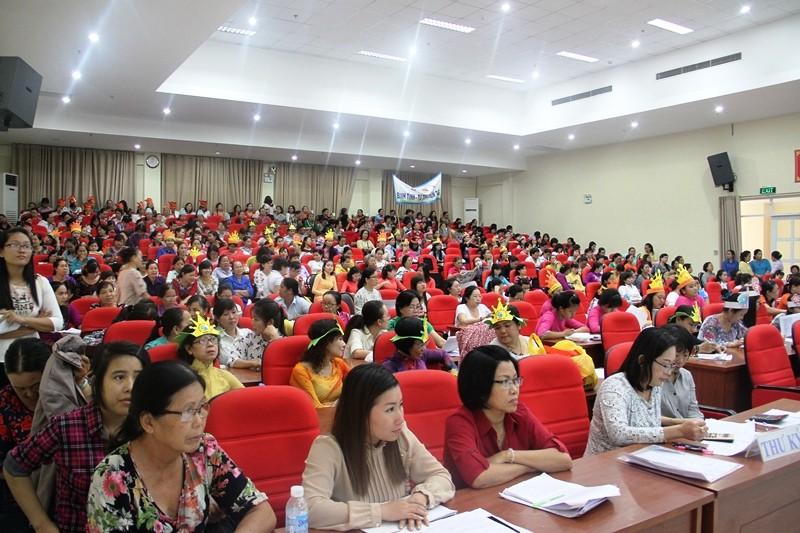 Hàng trăm nữ tiểu thương tham gia hội thi 'Phụ nữ và pháp luật' - ảnh 2