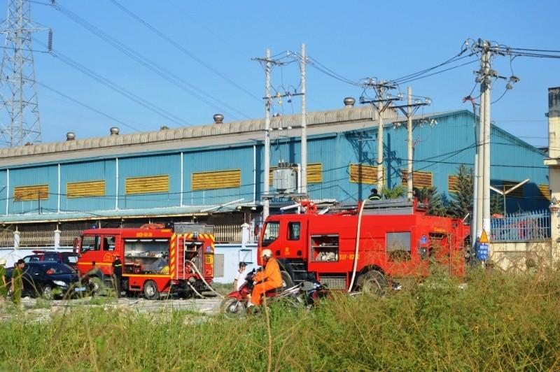 Hỏa hoạn thiêu rụi 500 mét vuông nhà xưởng - ảnh 1