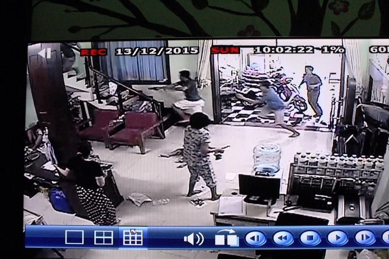 Vụ nổ súng bắt nghi phạm bị truy nã: Nghi phạm mang ba tội danh  - ảnh 2