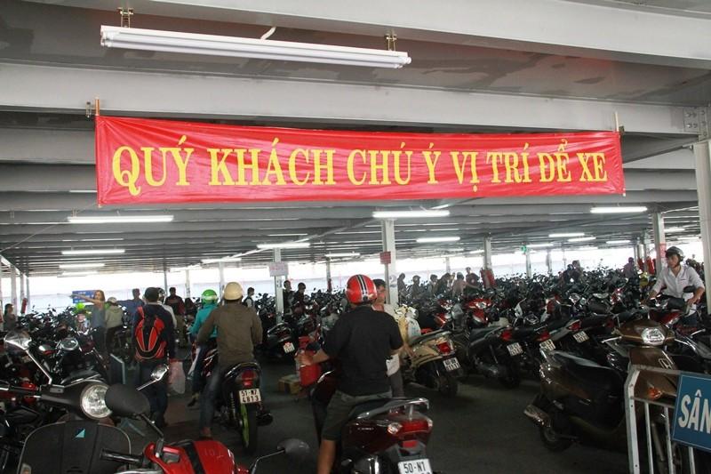 Cách hoàn thành sớm thủ tục ở sân bay Tân Sơn Nhất  - ảnh 13