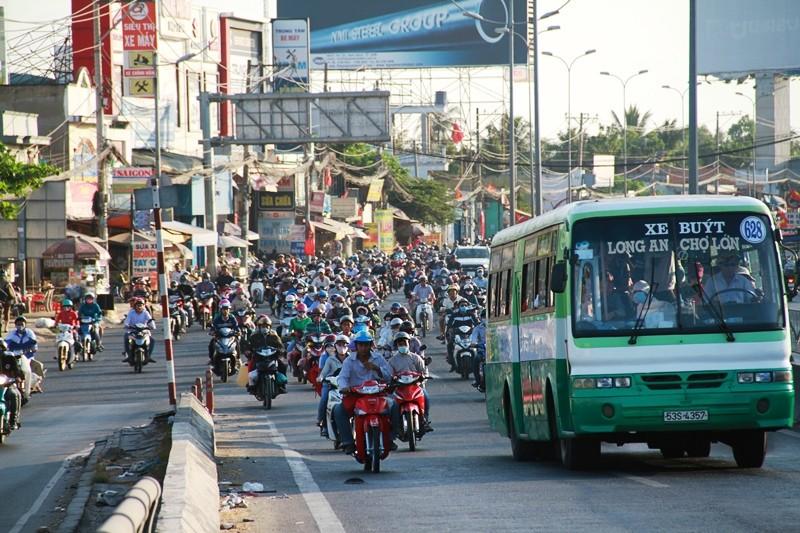 Ngày cuối đợt nghỉ tết, cửa ngõ về Sài Gòn thông thoáng - ảnh 10