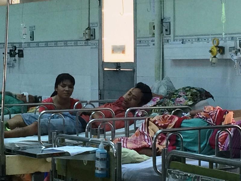 Nạn nhân bị công an quật ngã sức khỏe tốt, dự kiến xuất viện sớm - ảnh 2