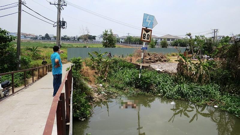 Bàng hoàng phát hiện thi thể cô gái trẻ trôi trên sông Sài Gòn - ảnh 1