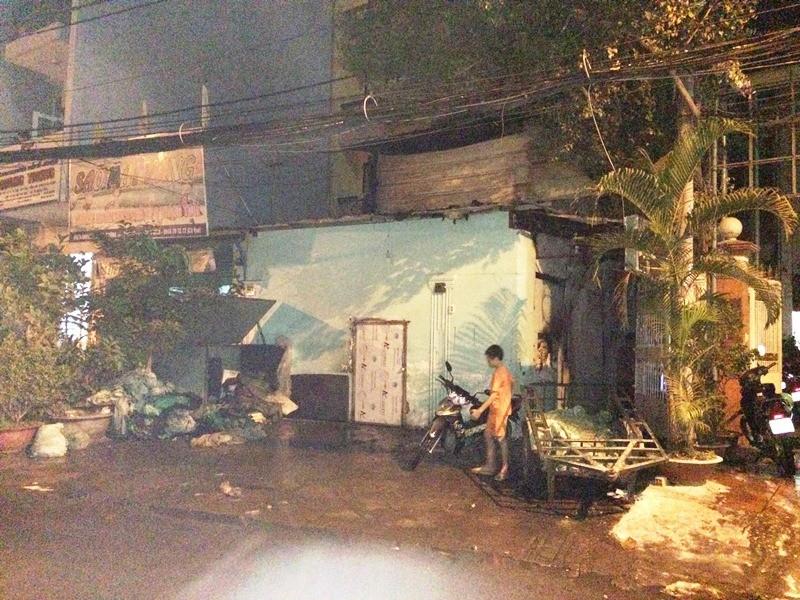 Tiệm nước đá ở trung tâm Sài Gòn cháy nổ như pháo hoa - ảnh 2