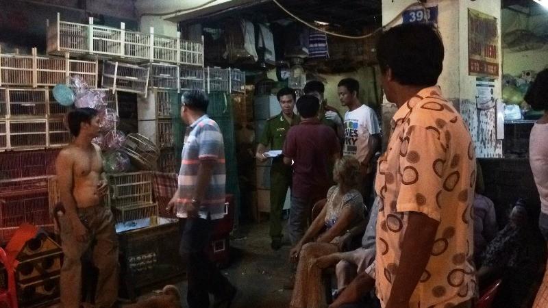Chủ tiệm chim cảnh ở Sài Gòn bất ngờ bị đâm tử vong - ảnh 1