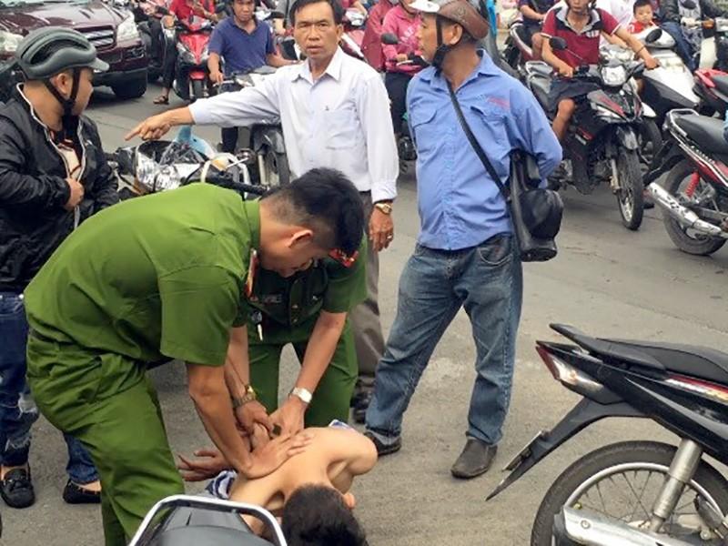 CSPCCC phối hợp cùng người dân bắt giữ Lộc ngay gần tại hiện trường