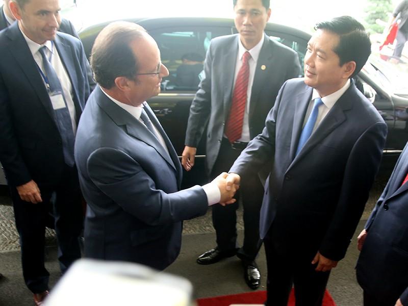 Tổng thống Pháp kết thúc 1 ngày thăm và làm việc tại TP.HCM - ảnh 14