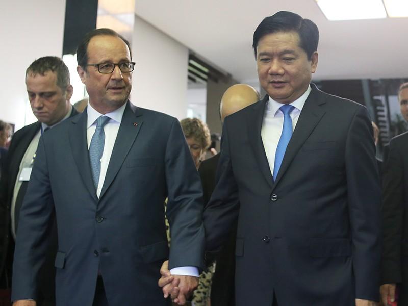 Tổng thống Pháp kết thúc 1 ngày thăm và làm việc tại TP.HCM - ảnh 18