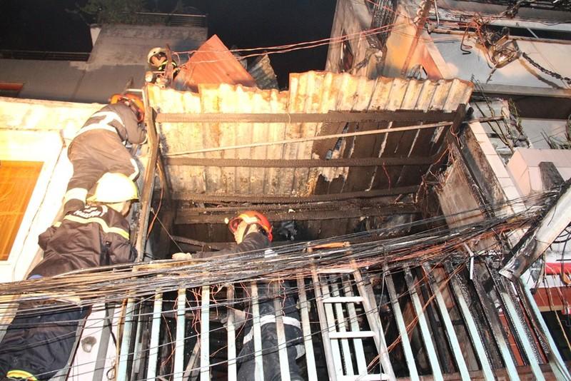 Cháy nhà tại khu phố Tây nghi do ngáo đá đốt  - ảnh 1