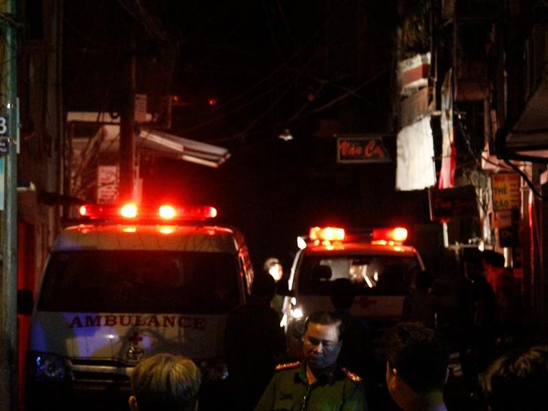Cháy nhà ở quận 3, 6 người trong 1 nhà chết thảm  - ảnh 2