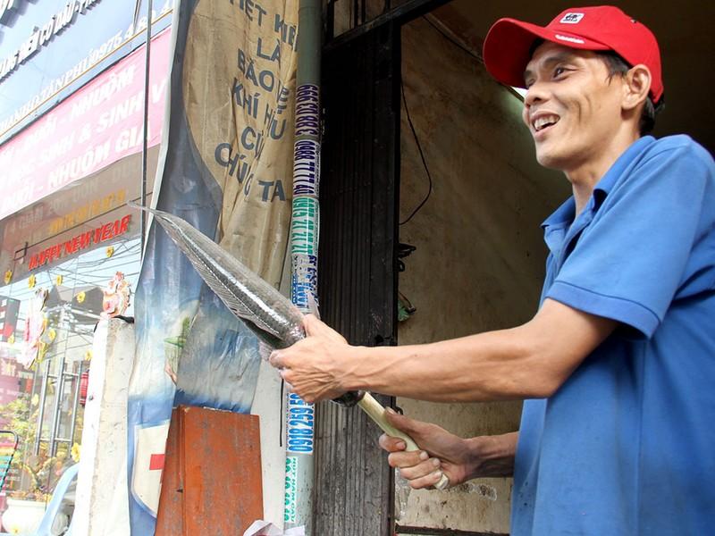 Phố cá lóc nướng ở Sài Gòn trúng lớn ngày vía Thần tài - ảnh 5