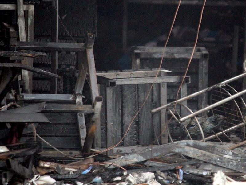 Bất cẩn lúc hàn xì, lửa thiêu rụi quán nhậu - ảnh 2