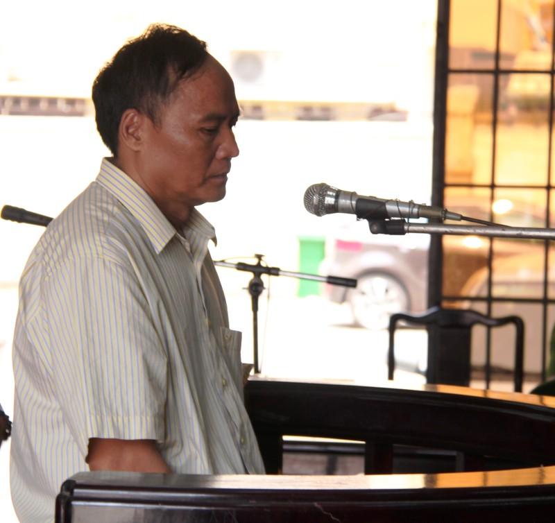 Phó chủ tịch phường chiếm đoạt hàng trăm triệu tiền hưu trí lãnh án - ảnh 1