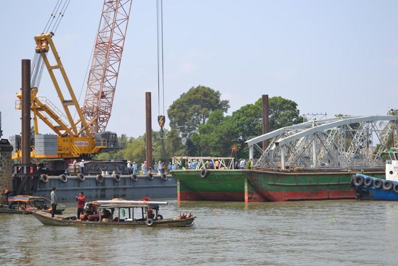 Bắt đầu xây dựng cầu Ghềnh mới - ảnh 1