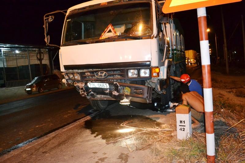Đua xe trên quốc lộ, một người tử vong, ba xe hơi bị 'vạ lây' - ảnh 4