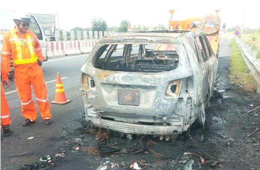 Một số hình ảnh xe bị bốc cháy