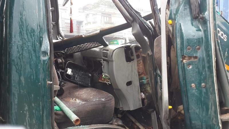 5 xe tải đâm liên hoàn trên quốc lộ, 1 người bị thương - ảnh 1