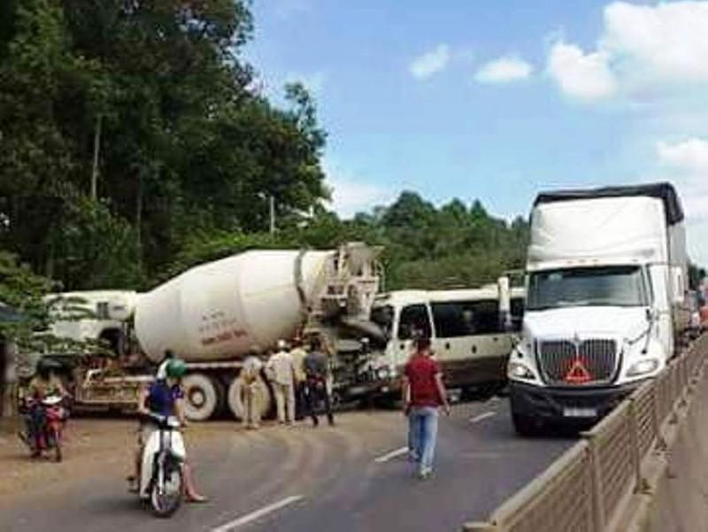 Tai nạn nghiêm trọng trên đèo Mẹ Bồng Con - ảnh 1