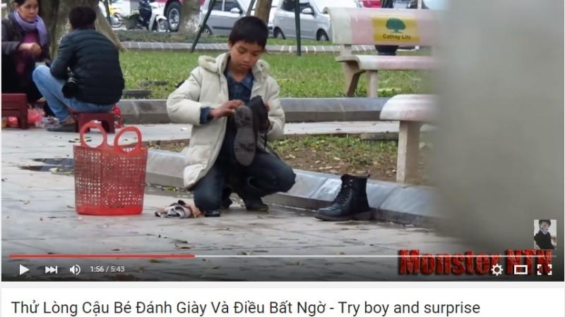 Thử lòng cậu bé đánh giày và điều bất ngờ - ảnh 2