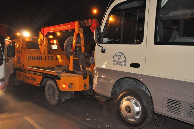 Tài xế chạy ngược chiều gây tai nạn đêm khuya  - ảnh 2