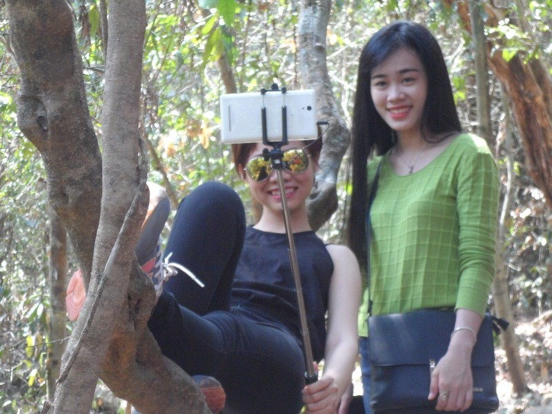 Vào rừng Nam Cát Tiên ngắm cây gõ bác Đồng 700 năm tuổi - ảnh 7