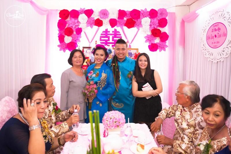 DJ Wang Trần chơi sốc khi rước dâu bằng dàn mô tô cổ - ảnh 7