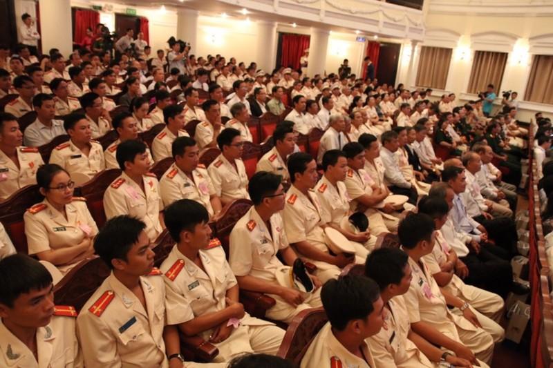 Cảnh sát PCCC TP.HCM nhận huân chương Bảo vệ Tổ quốc  - ảnh 4