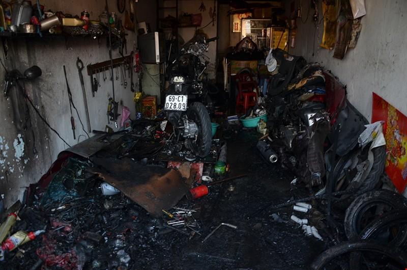 Đốt rác dọn nhà đốt luôn xe, nhà ngày Tết (P.1) - ảnh 2