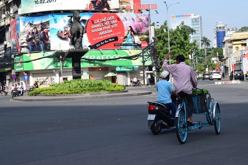 Mồng 1 Tết ở Sài Gòn: Những con đường bình yên - ảnh 4