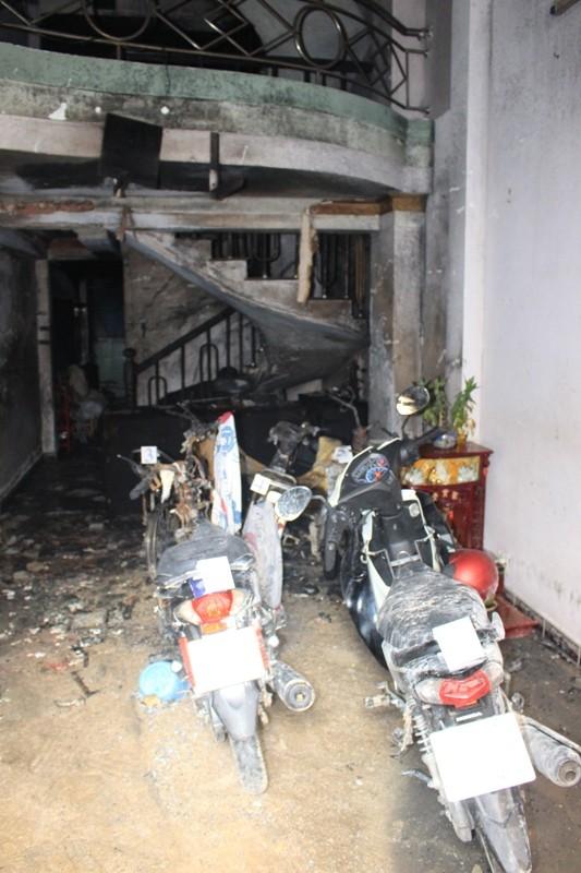 Vụ cháy ở Quận 8 khiến 2 người chết khả năng do xe máy - ảnh 3