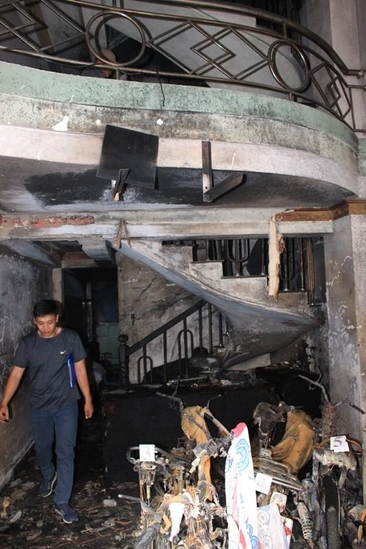 Vụ cháy ở Quận 8 khiến 2 người chết khả năng do xe máy - ảnh 1