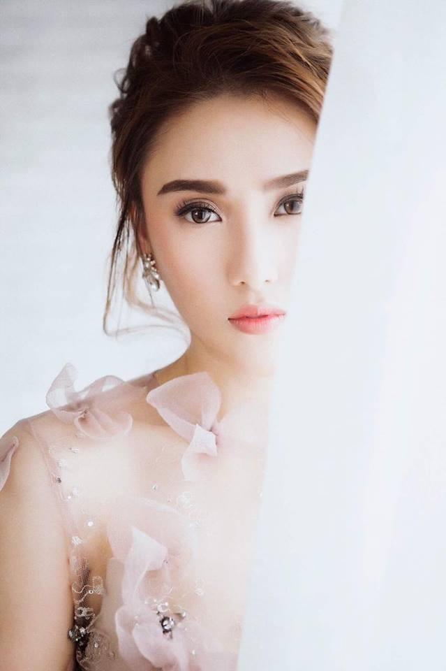 """Cô gái Hà Tĩnh khiến Hồ Quỳnh Hương """"thả mic"""" khi hát - ảnh 4"""