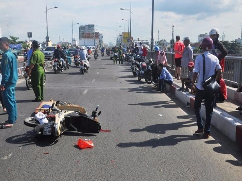 Tìm nhân chứng vụ tai nạn chết người ở quận 4 - ảnh 1