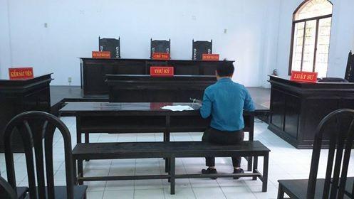 Quyết xong việc luật sư ngồi ngang hàng kiểm sát viên - ảnh 1