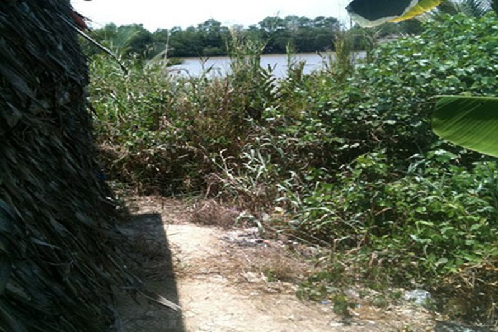 Hiện trường các vụ trộm đều sát bờ sông.