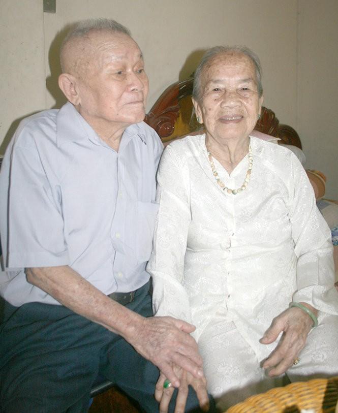 Ba mẹ Nguyễn Văn Còn - Nguyễn Thị Ngon - Ảnh: T.H.