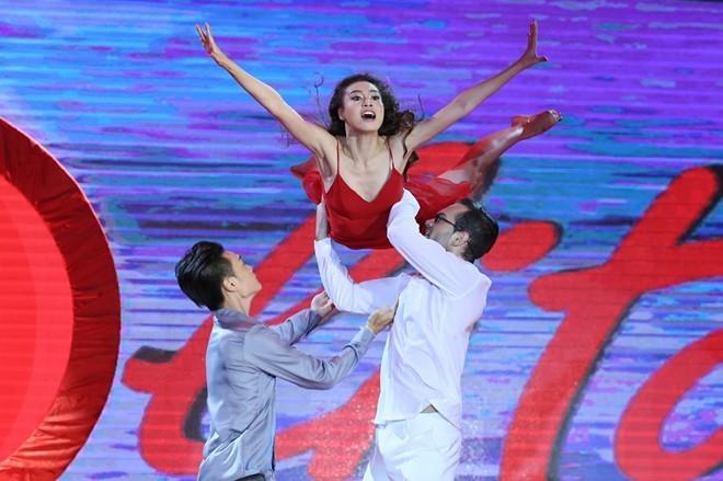 Lan Ngọc vượt Phương Trinh giành quán quân BNHV